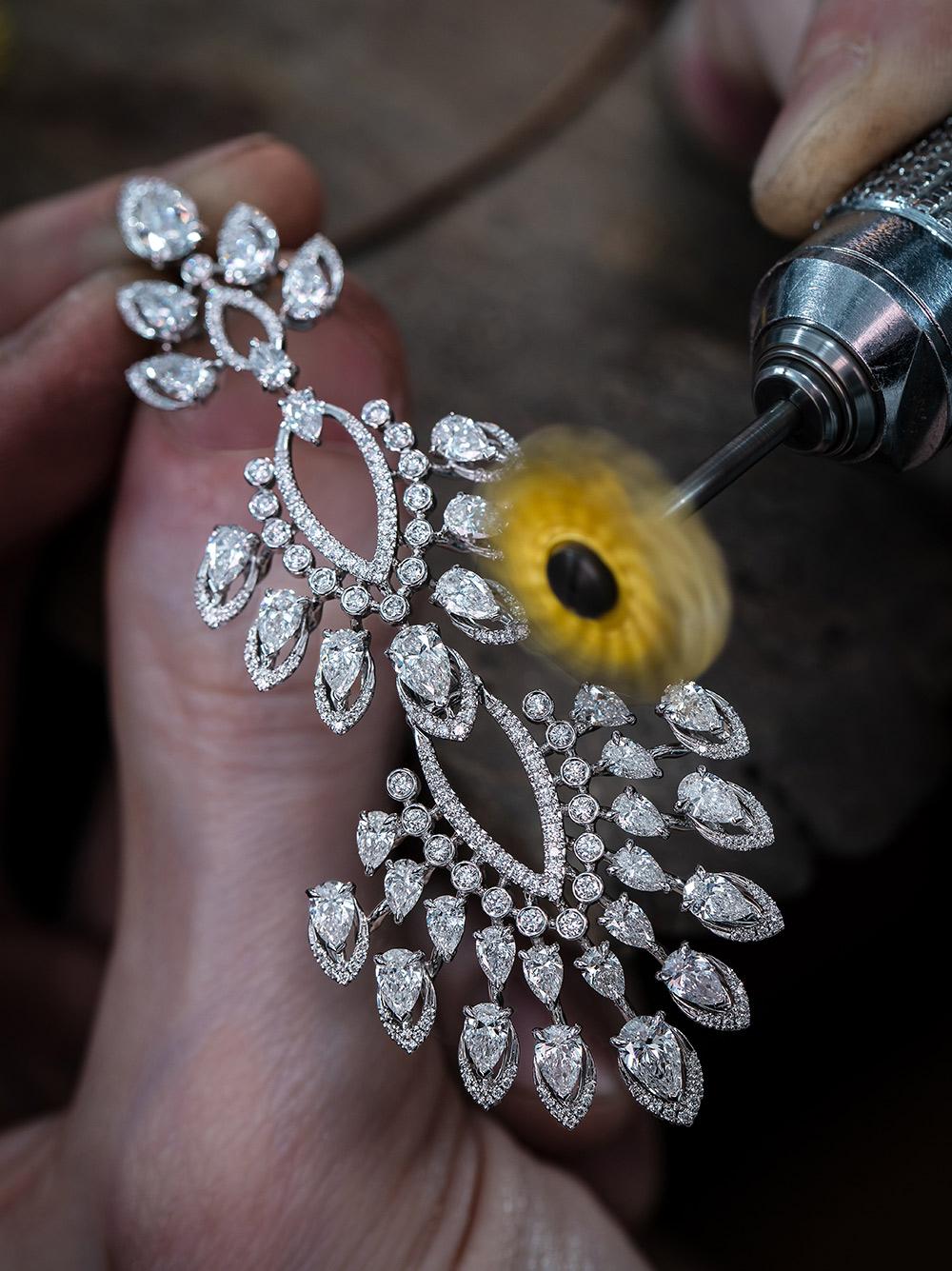 Diamond high jewelry craftsmanship – Desert Bloom Collection